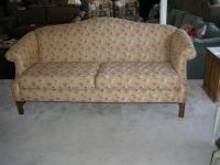 Knob Hill Sofa
